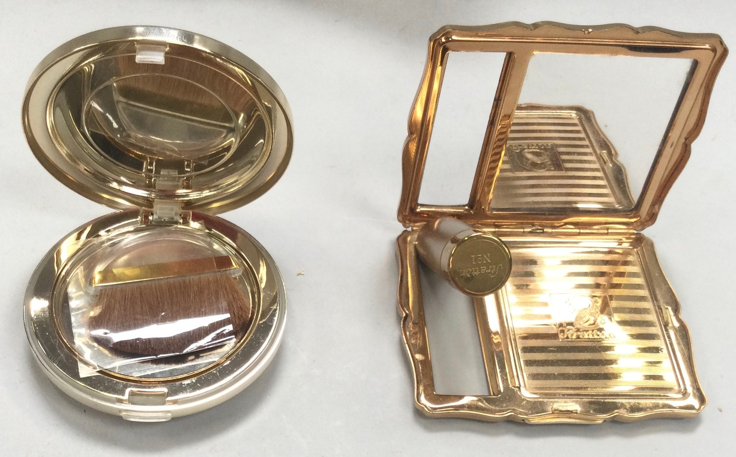 Stratton ladies compact with lipstick boxed with pouch together with Versace Glam Touch boxed - Image 2 of 2