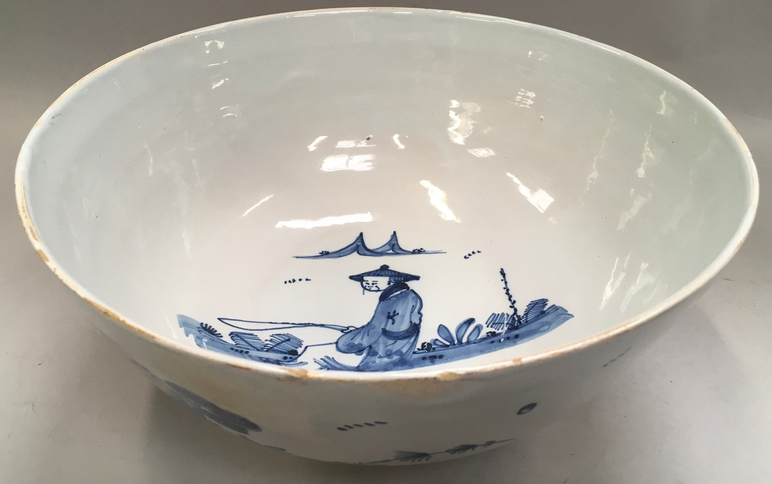 """Blue & White Chinese bowl possibly from the Qing period 11.5"""" diameter."""