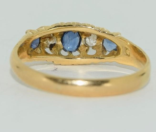 18ct gold ladies antique style ceylon sapphire and diamond ring size O - Image 3 of 6