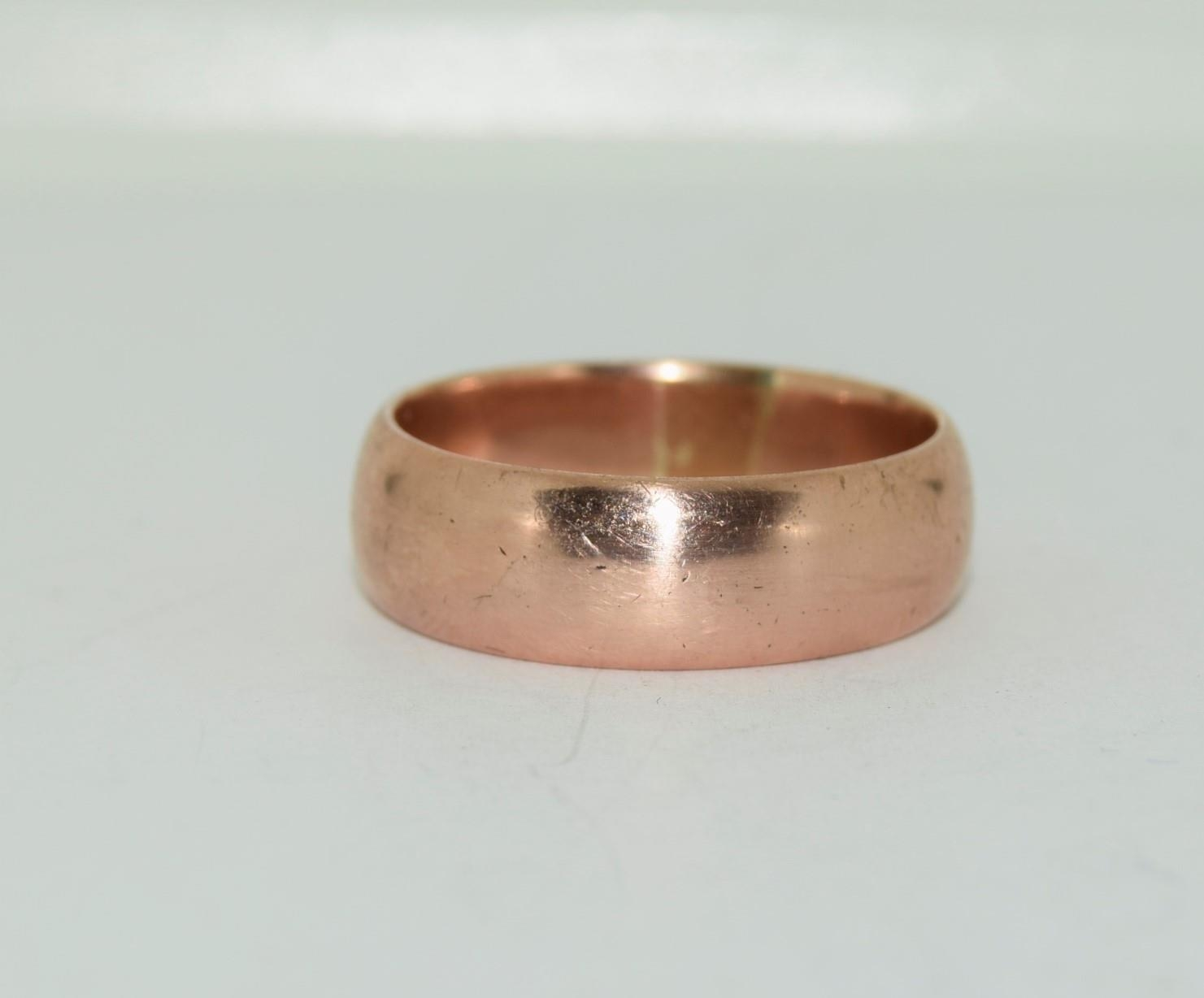 9ct gold mans wedding band size X 8.7gm