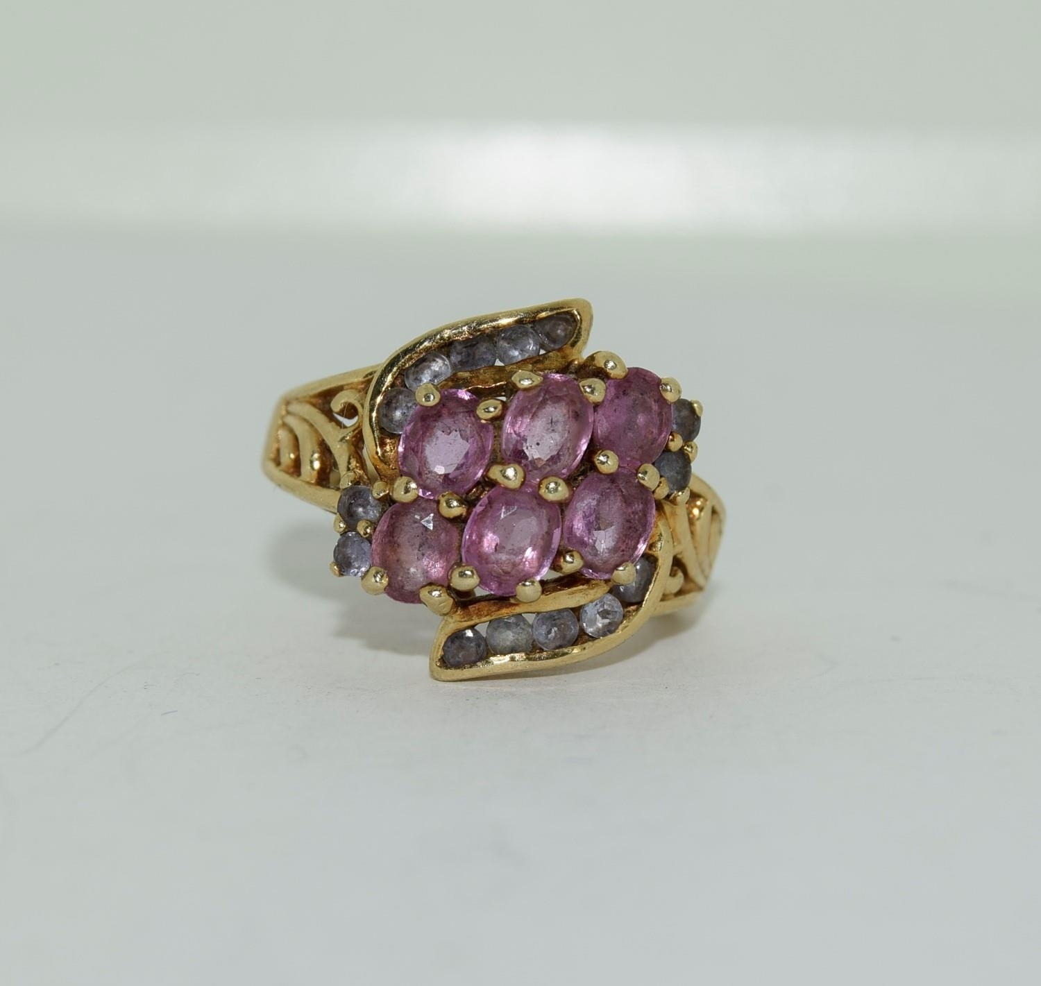 9ct gold ladies pink tourmaline and sapphire twist ring size L 4.9gm