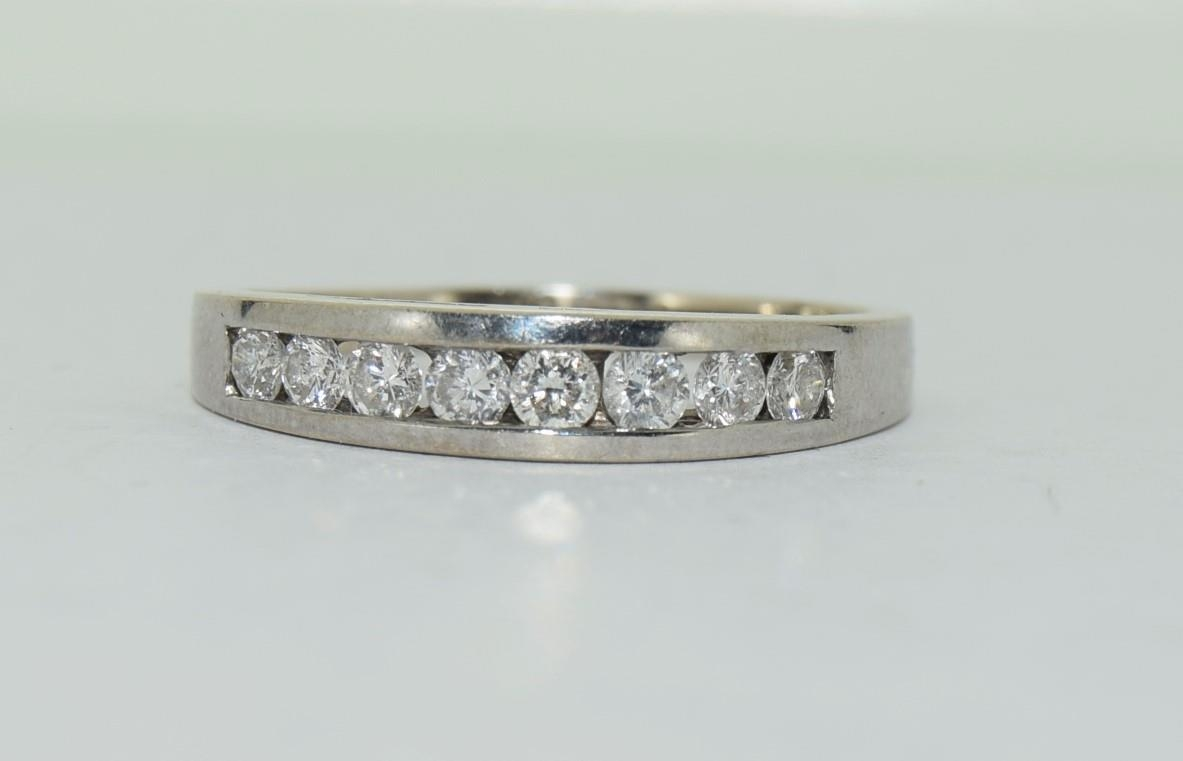 18ct white gold diamond half eternity ring approx 80 pionts size T - Image 6 of 6
