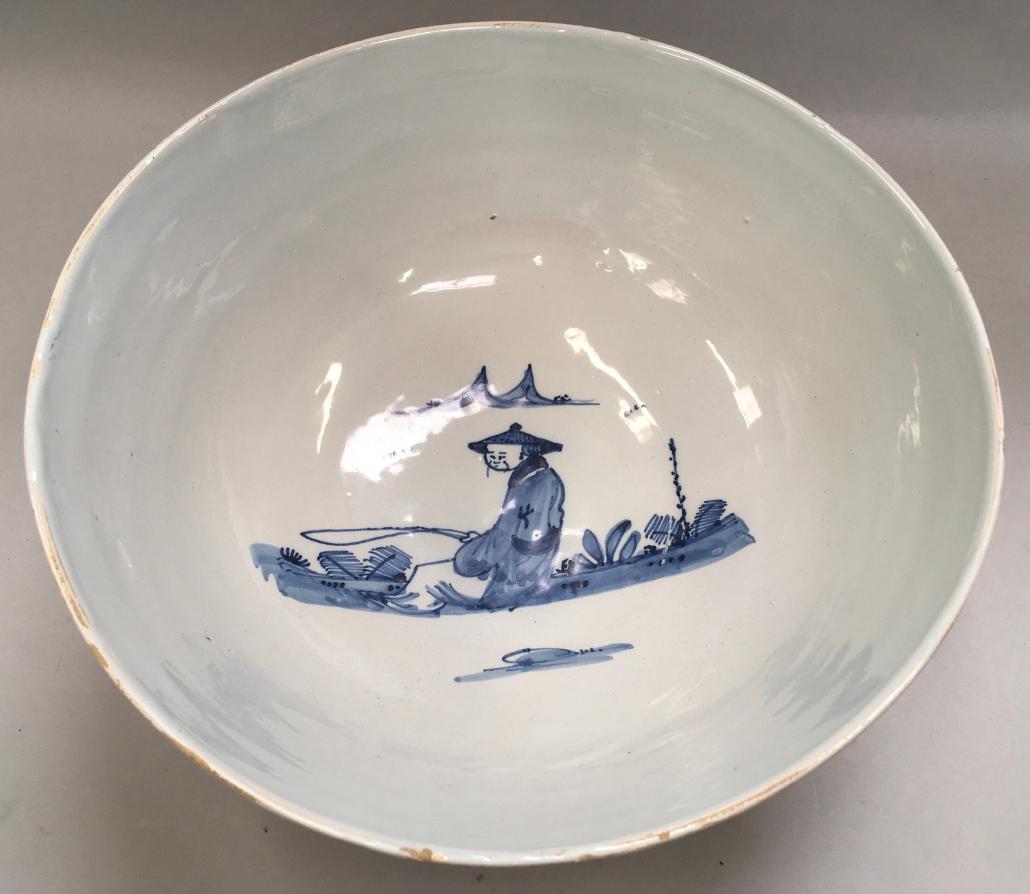 """Blue & White Chinese bowl possibly from the Qing period 11.5"""" diameter. - Image 2 of 7"""