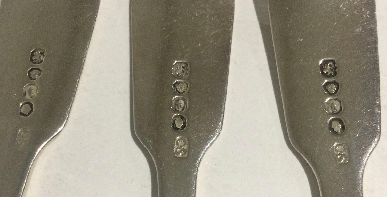 6 William IV silver desert forks London 1834 280gm - Image 2 of 4