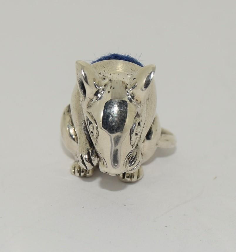 A silver mouse pincushion stamped 925 - Image 3 of 4