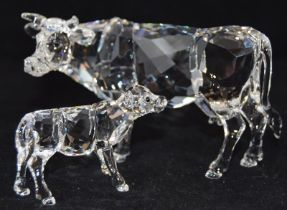 Swarovski Crystal Cow code 905775 retired, together with Calf 905776, both boxed with paperwork (2)