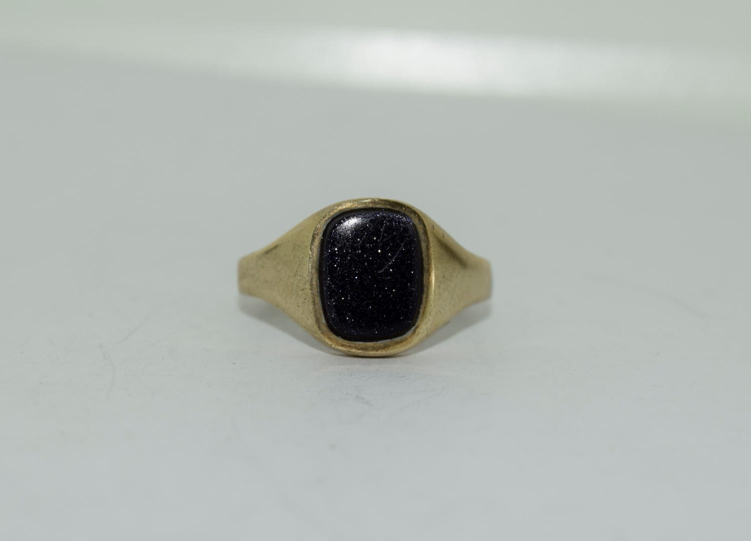 9ct gold gents sygnet ring set with unpolished amethyst centre stone size Q - Image 11 of 12