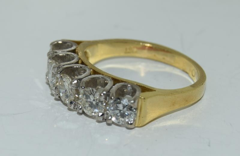 9ct gold ladies 5 stone diamond ring size L , centre stone measures 4mm approx 1.15ct total - Image 3 of 6