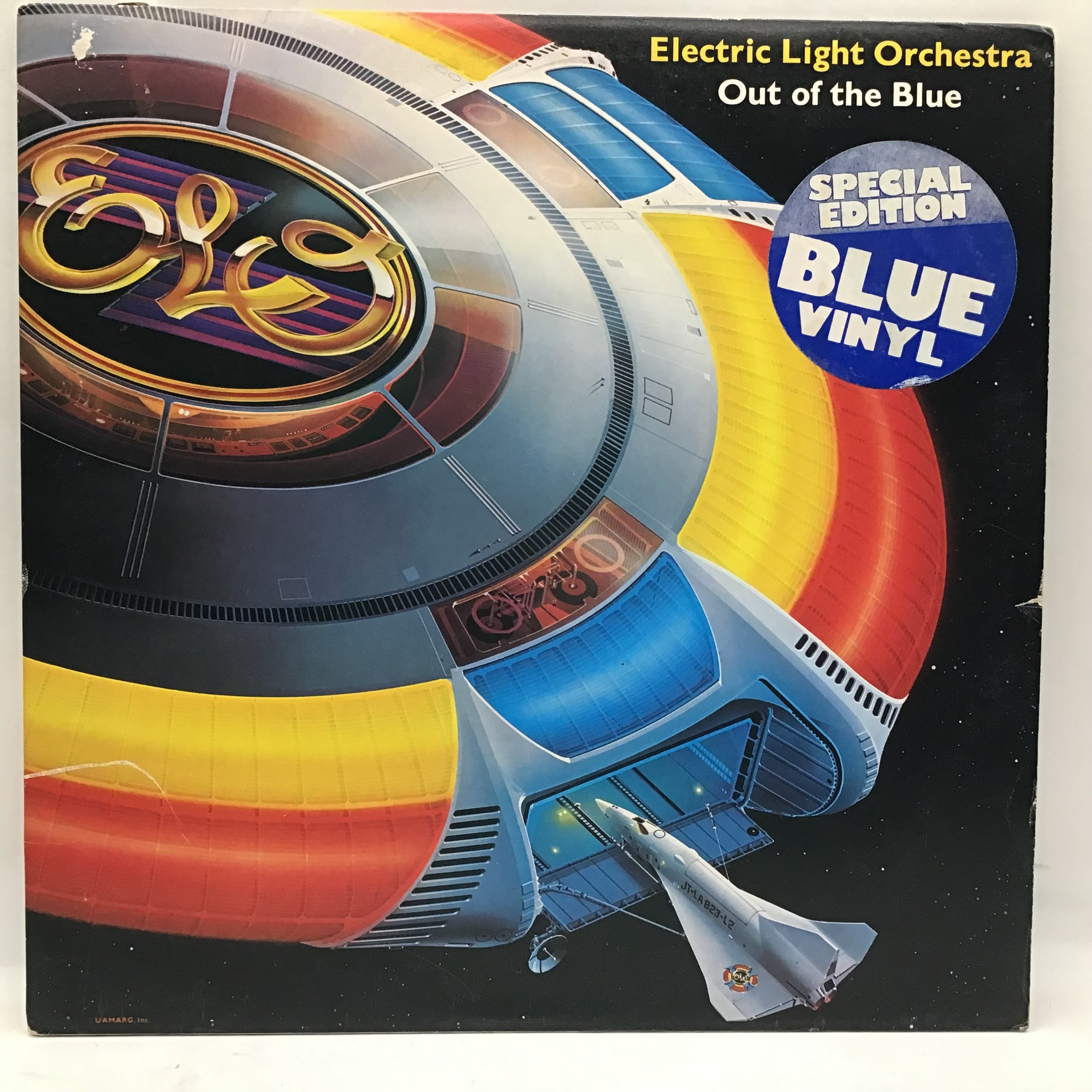 ELECTRIC LIGHT ORCHESTRA (ELO) 'Out Of The Blue' Blue Vinyl LP. This is a 1977 Release Cat No. JETDP