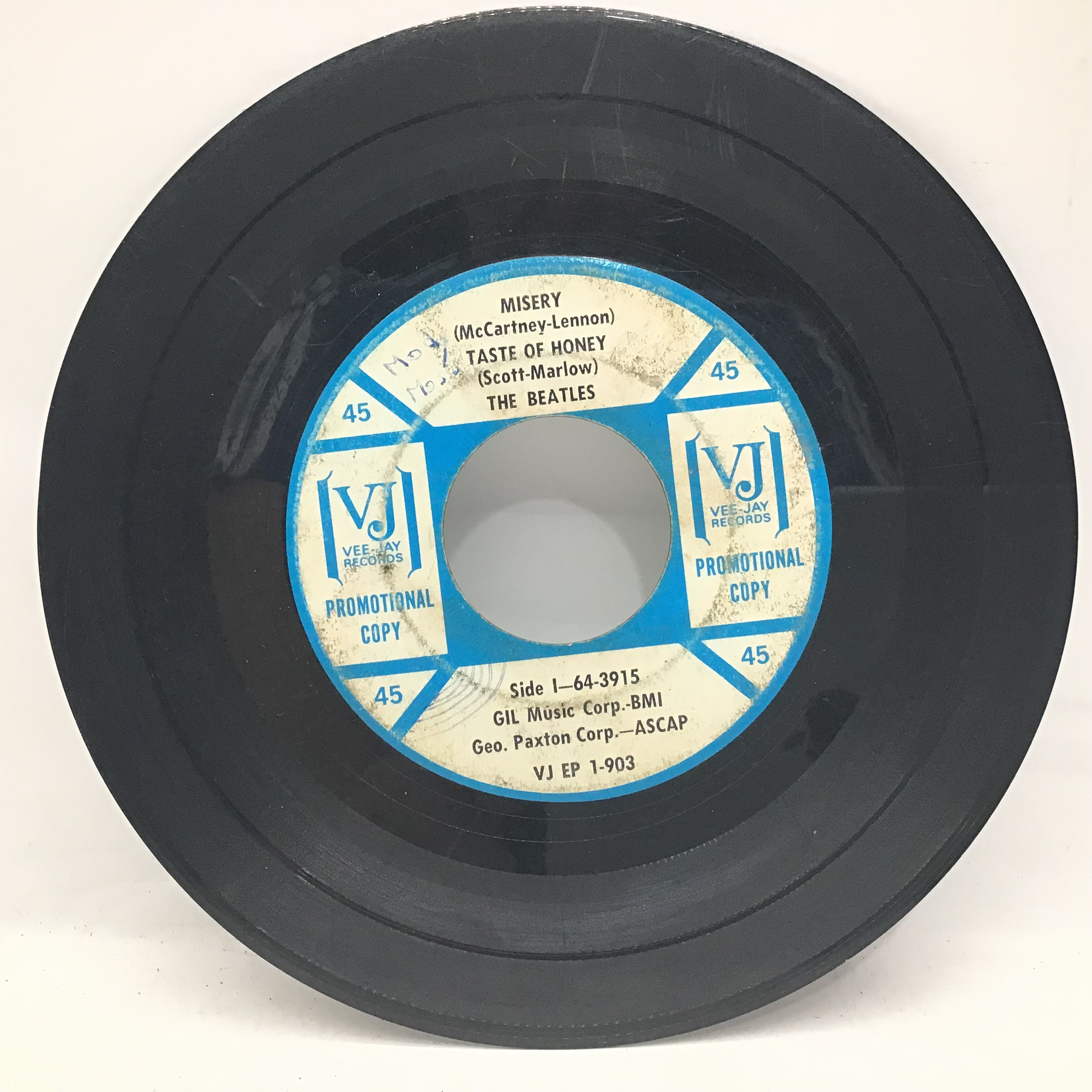 """THE BEATLES ON VEE JAY 7? PROMO. ?Souvenir of Their Visit to America"""" 1964 release containing the - Image 3 of 4"""