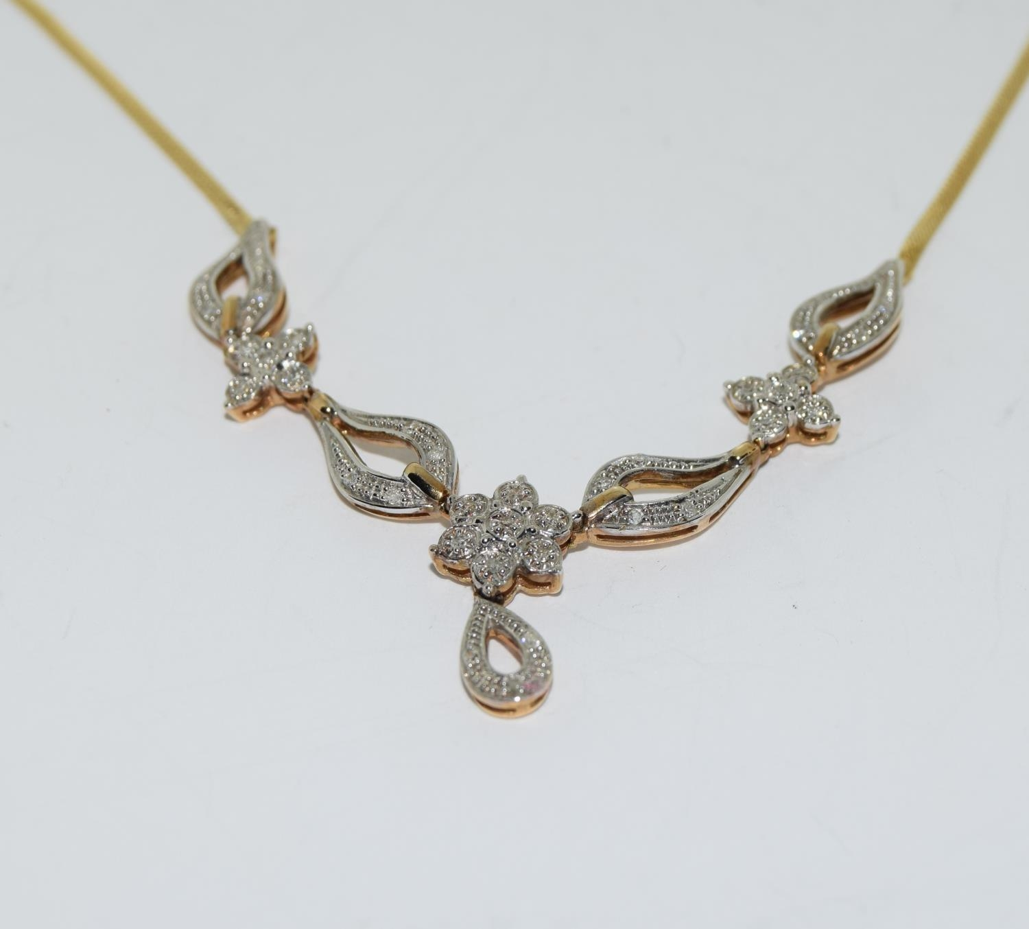 Diamond 9ct gold necklace, boxed - Image 2 of 5