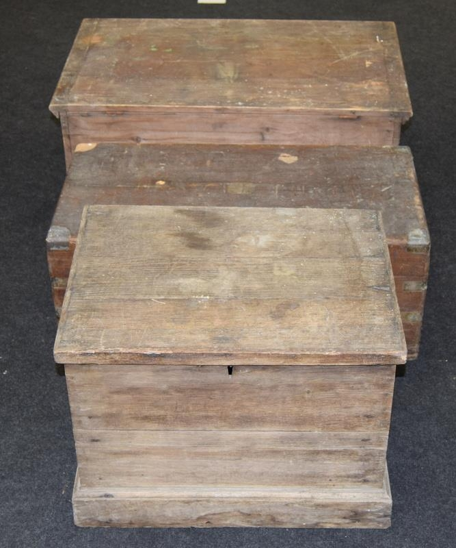 Three vintage wooden chests. Largest size 81cm wide x 47cm deep x 35cm tall. - Image 3 of 3