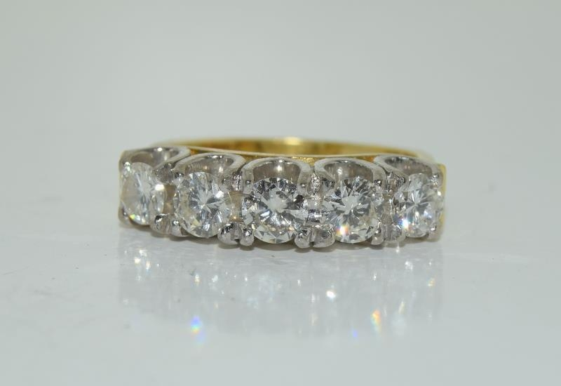 9ct gold ladies 5 stone diamond ring size L , centre stone measures 4mm approx 1.15ct total - Image 5 of 6