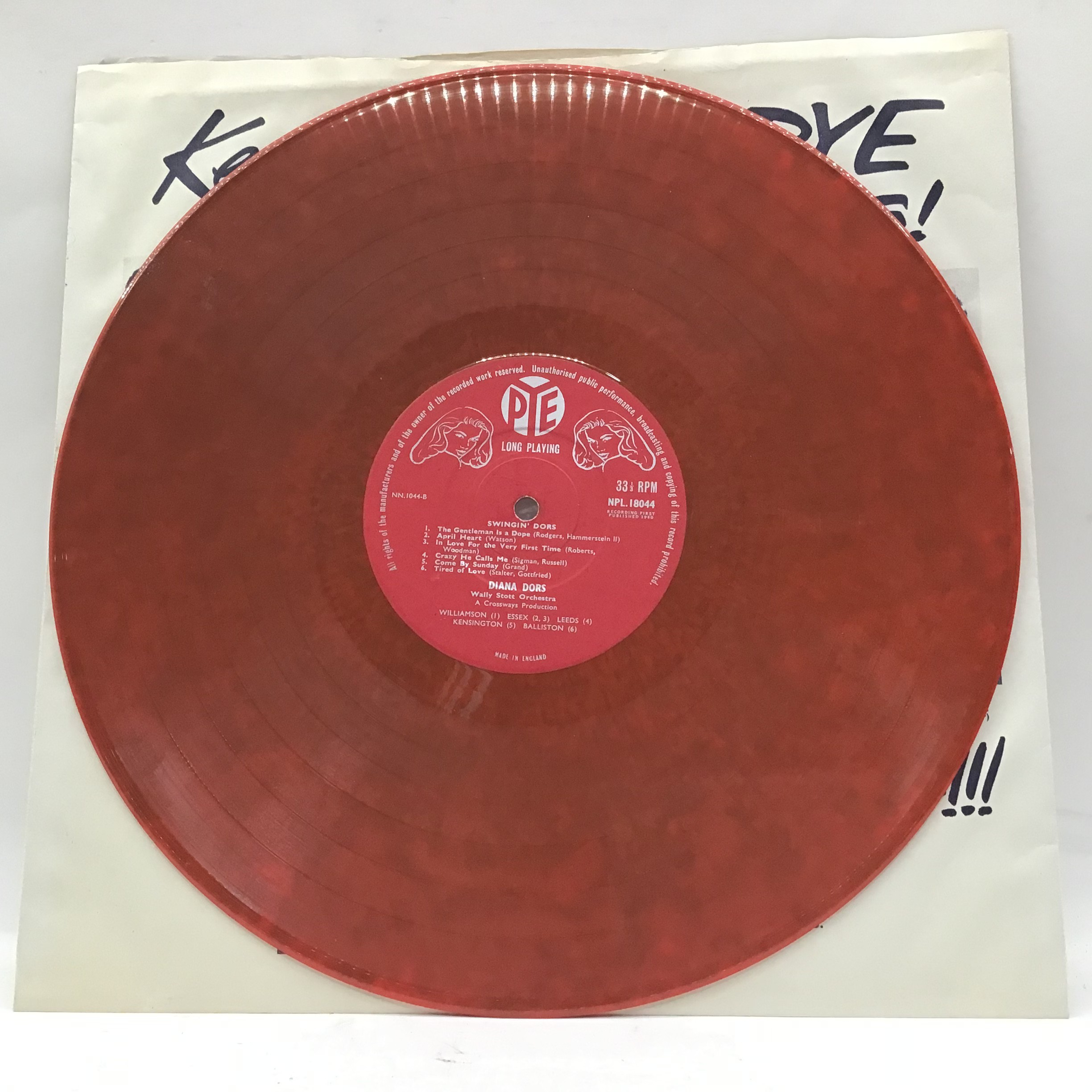 DIANA DORS vinyl lp on Pye NPL 18044. This ?Swingin? Dors? album is pressed on a red coloured - Image 3 of 5