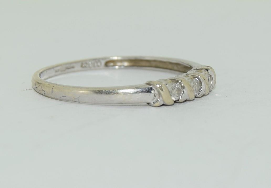9ct white gold diamond 3 stone ring h/m for 0.1ct size Q - Image 9 of 12