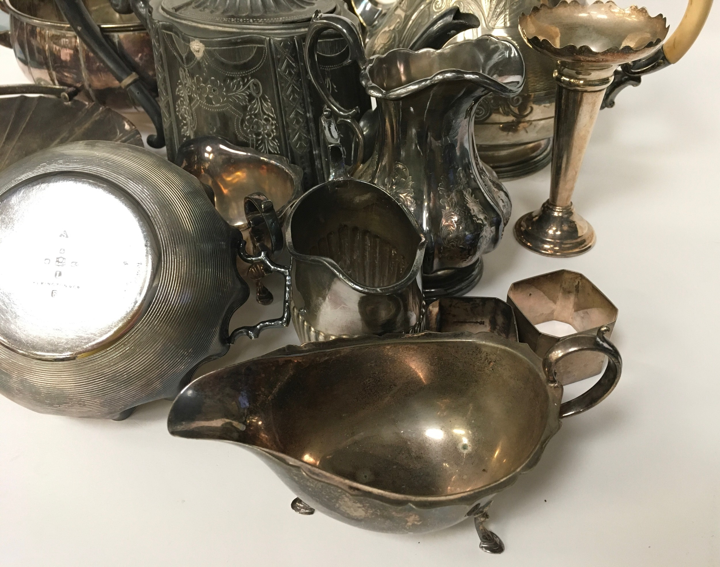 Large quantity of silver plated items - Image 5 of 5