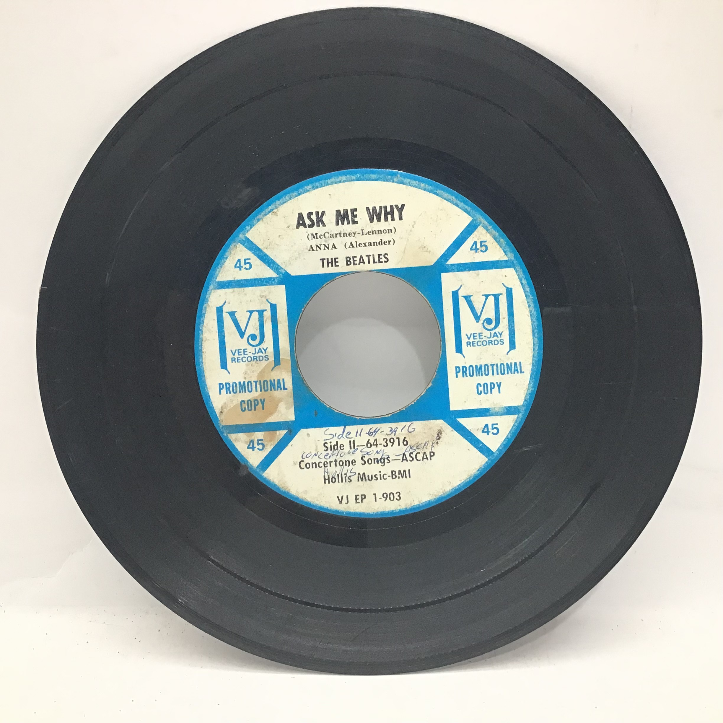 """THE BEATLES ON VEE JAY 7? PROMO. ?Souvenir of Their Visit to America"""" 1964 release containing the - Image 4 of 4"""