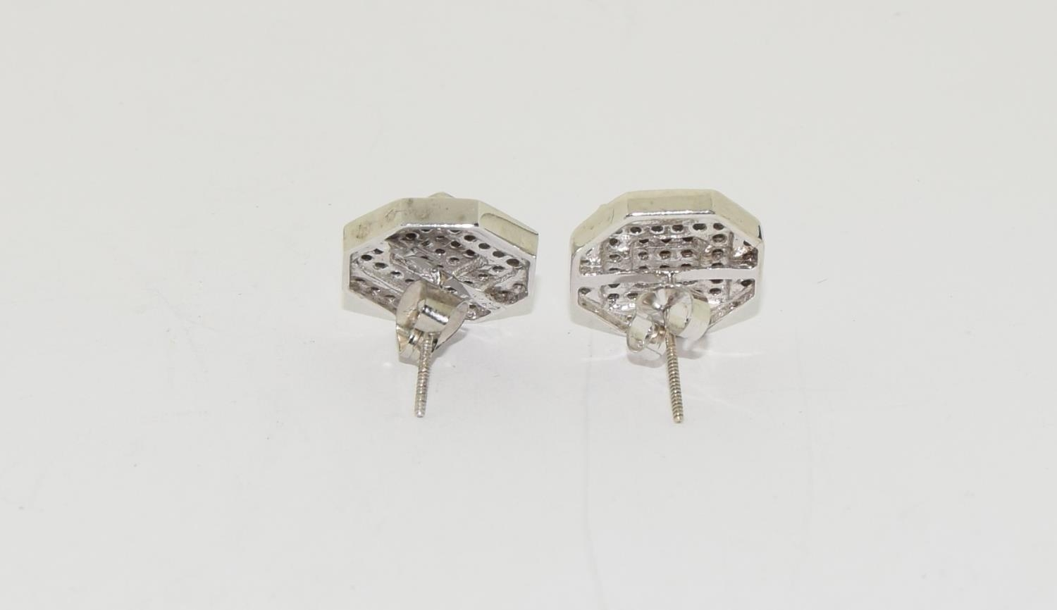 Pair of 14ct white gold cluster diamond earrings of approx 1ct - Image 3 of 5