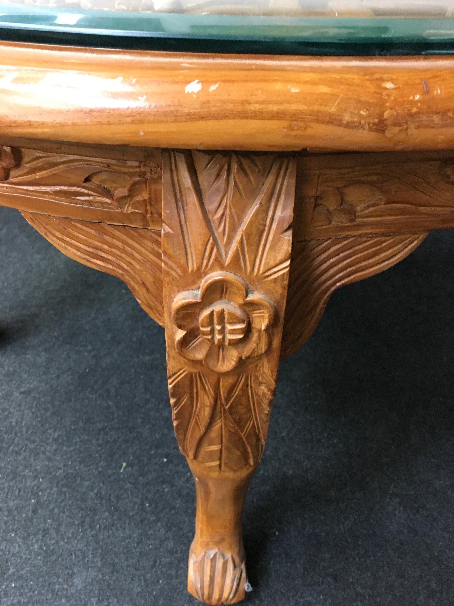 Carved hard wood Dragon table with 6 fitted stools to match all on cabriole legs 60x140x90cm - Image 6 of 6