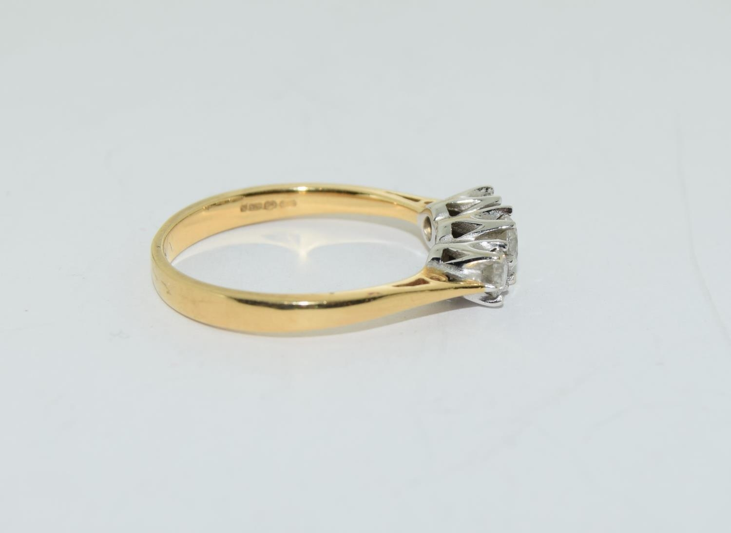 Diamond 3 stone aprox 0.50 points 18ct gold ring size O. - Image 2 of 5
