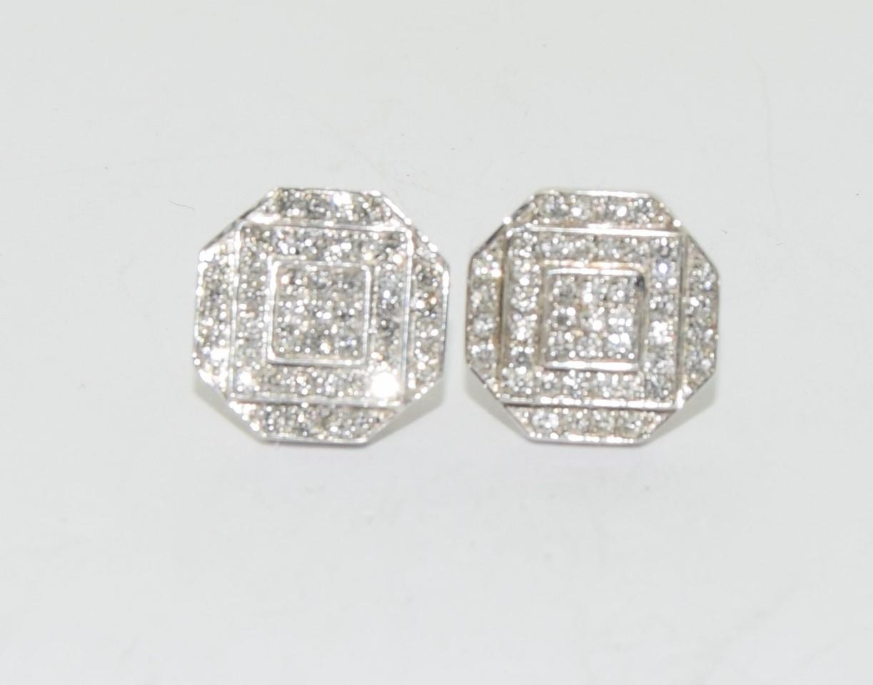 Pair of 14ct white gold cluster diamond earrings of approx 1ct - Image 4 of 5