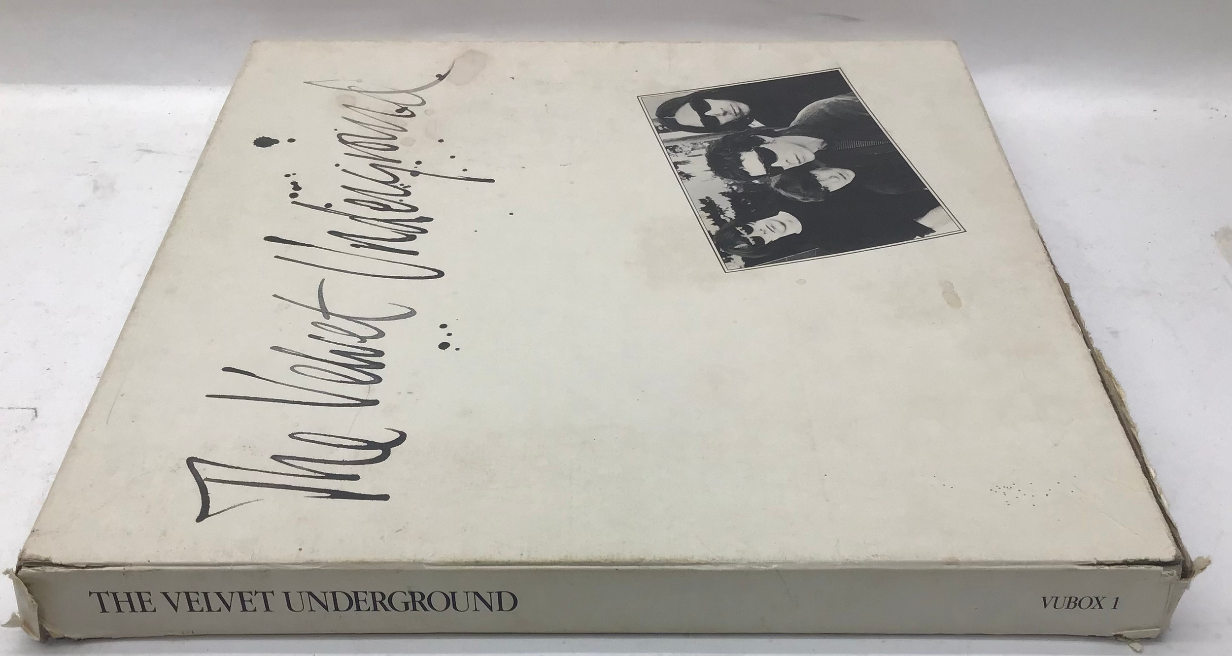 The Velvet Underground Vinyl 5 LP Box Set from 1986 complete with booklet and info sheet. Found here - Image 3 of 7