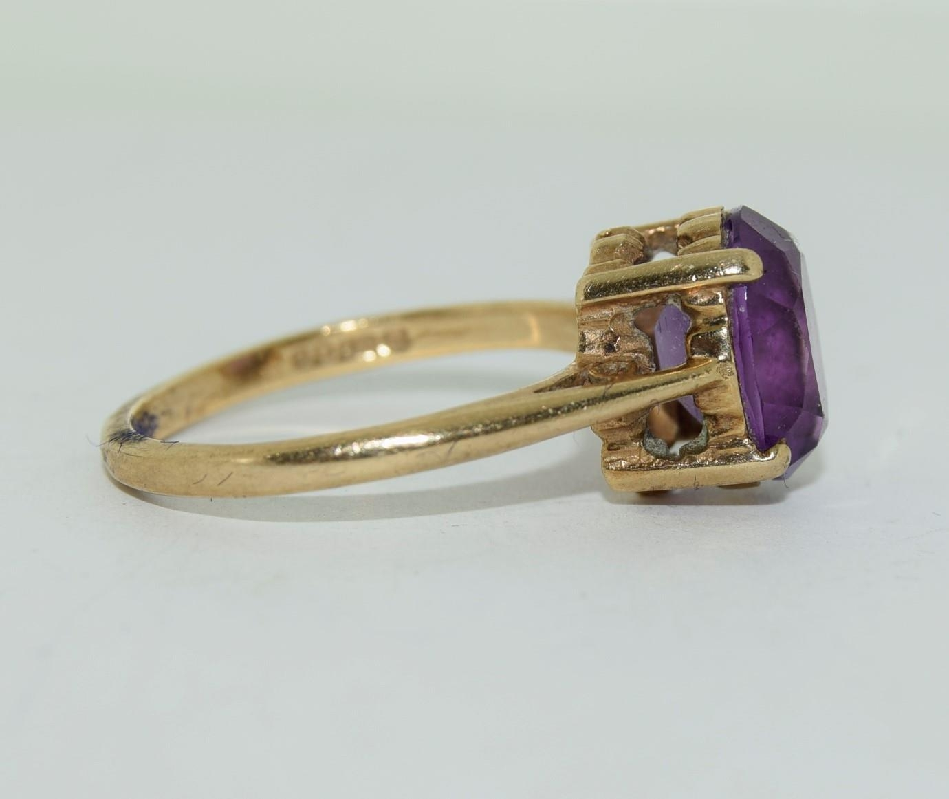 9ct gold ladies Amethyst ring size N - Image 3 of 12
