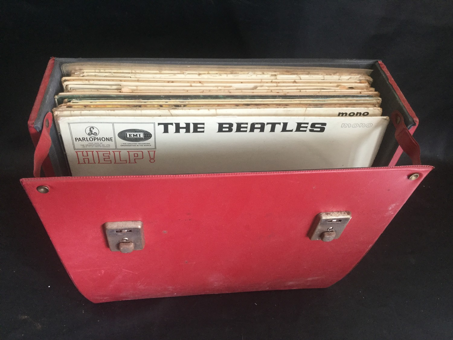 CARRY CASE OF VARIOUS BEATLES ALBUMS. We have 19 in total here with single & multiple copies of