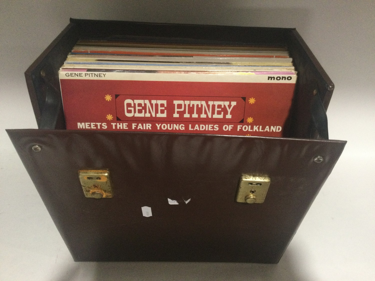 GENE PITNEY VINYL LP RECORDS. A NICE COLLECTION OF VARIOUS 60?s and 70?s albums on English and US