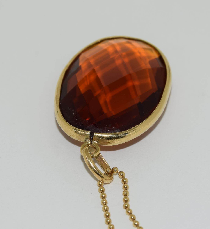 Gold amber quartz pendant necklace. - Image 4 of 5