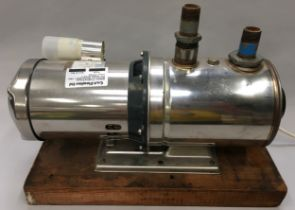 Electric stainless steel pump NGM140I.