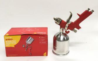 Air spray gun (ref 70)