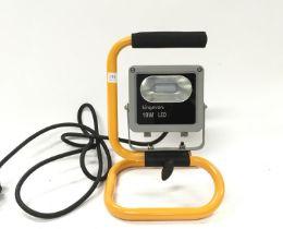 10 watt 240v LED floodlight.(ref 139)