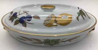 Royal Worcester Evesham oval casserole dish with lid,gold edged in good condition
