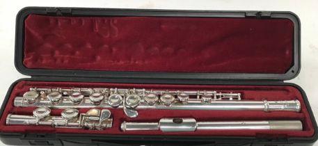 Yamaha silver cased flute