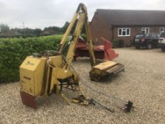 TWOSE HEDGECUTTER, ANTI SWAY RESTRICTORS, REVERSE HYDRAULICS,