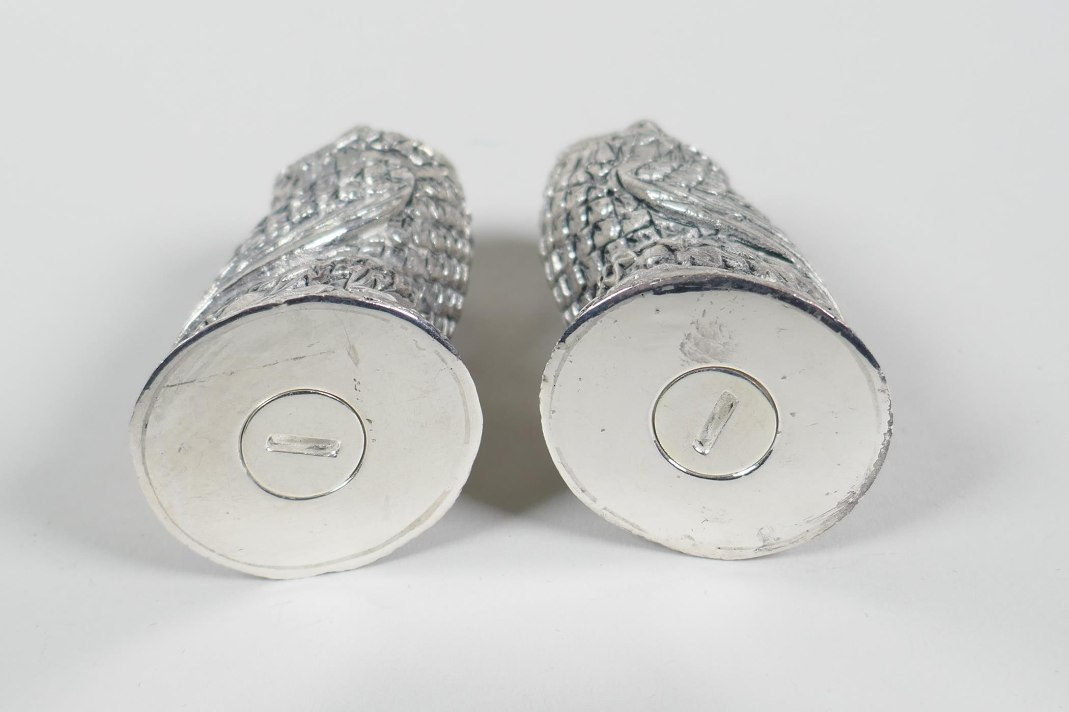 """A pair of silver plated owl condiments, 2"""" high - Image 2 of 2"""