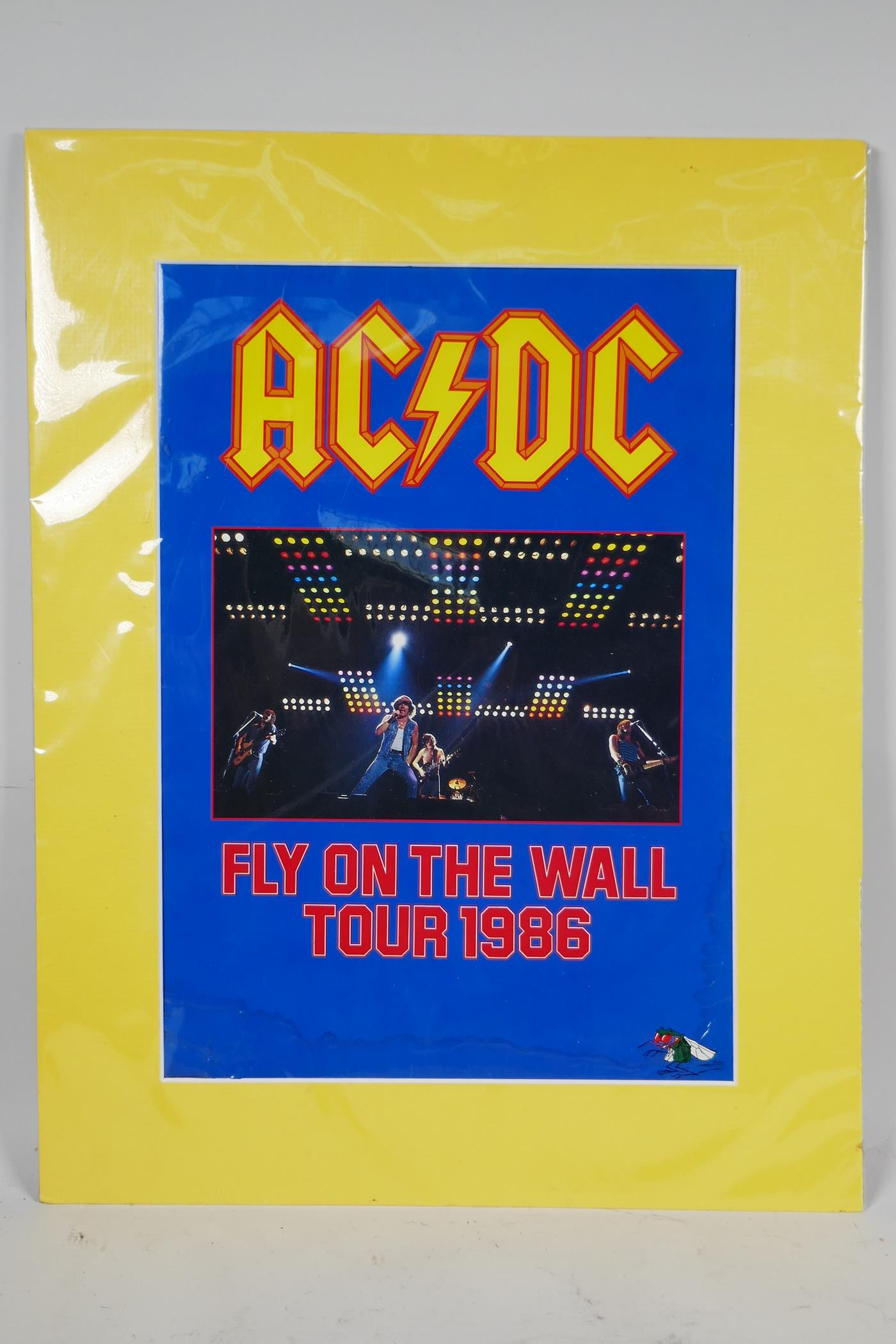 An AC/DC 'Fly on the Wall' World Tour 1986, official concert tour programme, 24 pages including tour - Image 2 of 3