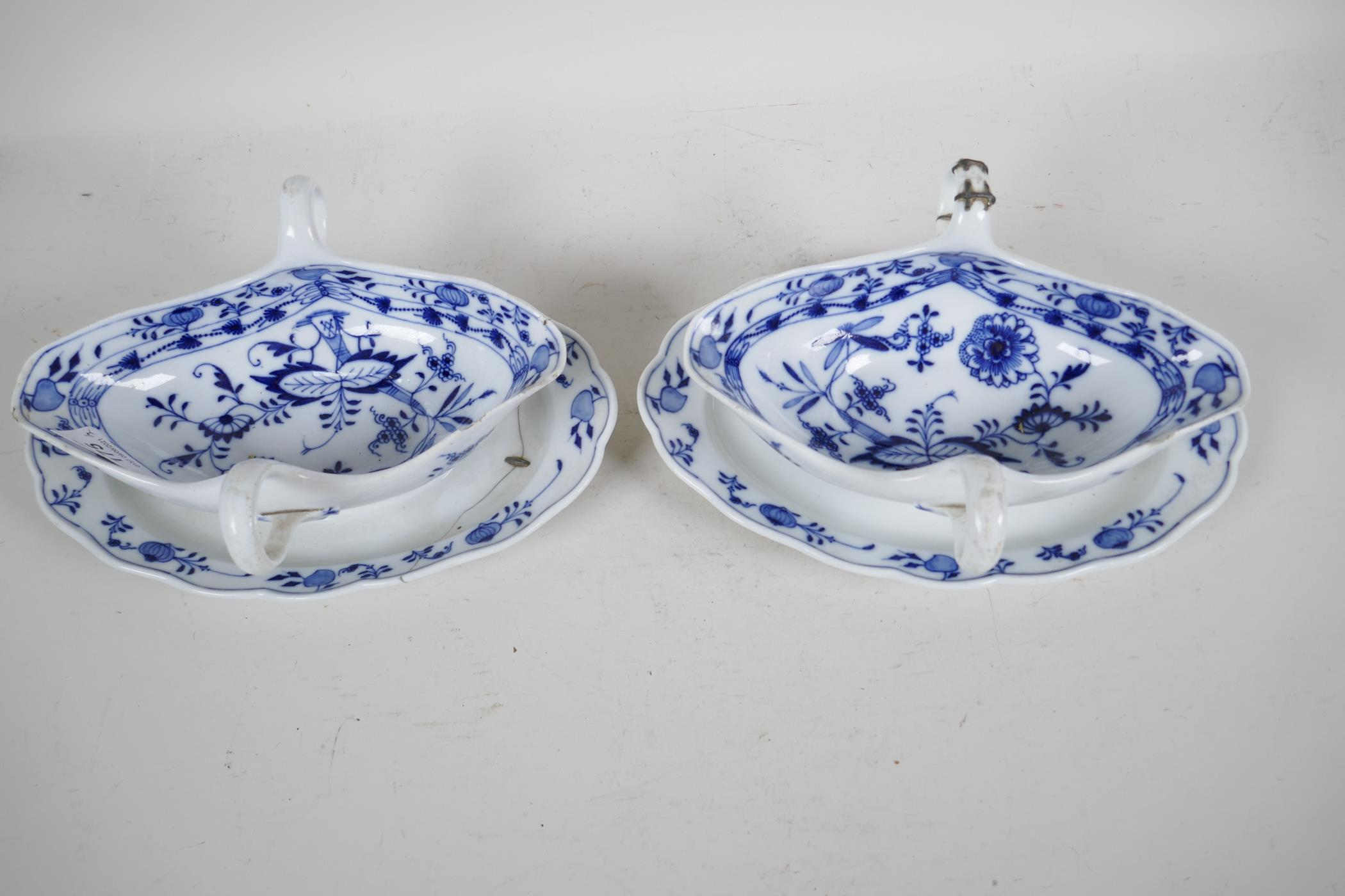 """A pair of late C18th/early C19th Meissen 'Onion' Pattern blue and white two handled gravy boats, 10"""" - Image 2 of 8"""