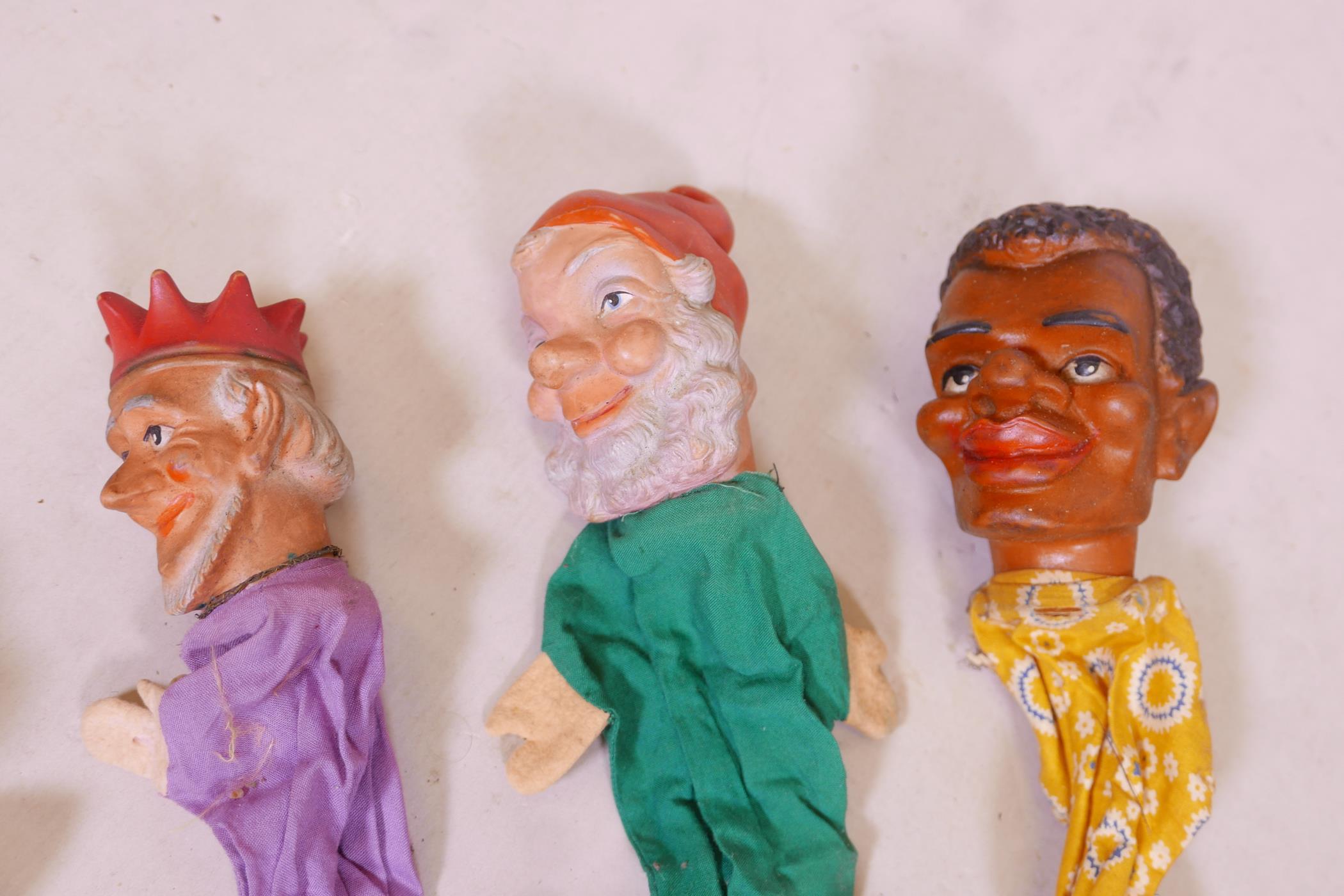 Seven vintage glove puppets - Image 2 of 4