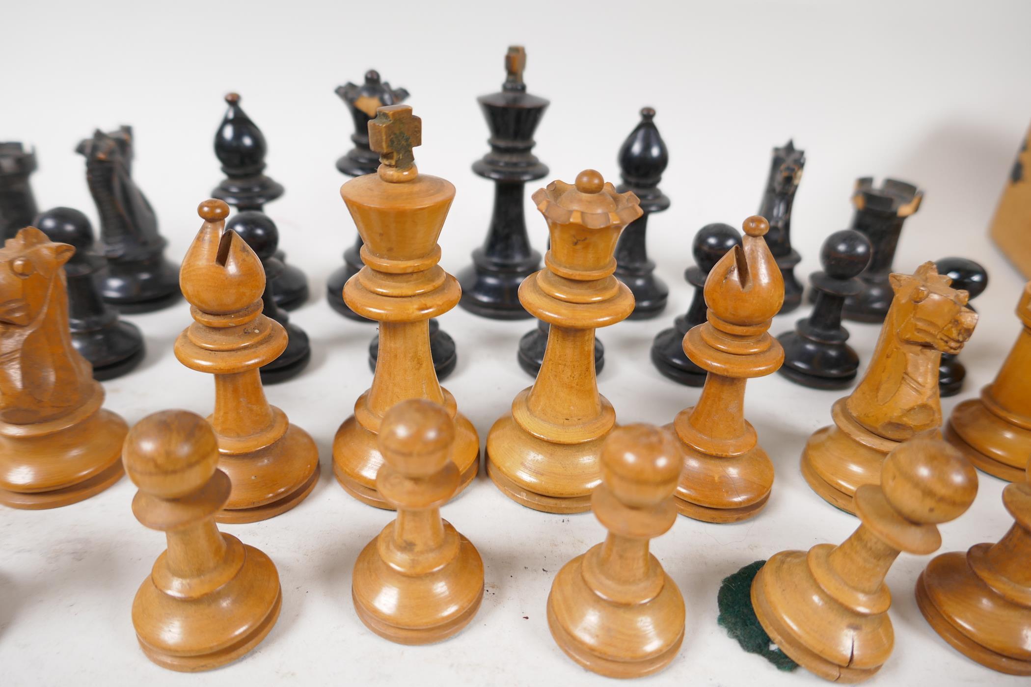 "A Stanton boxwood chess set, kings 2¾"" high, and a set of three Vitalite Freak billiard balls - Image 4 of 4"