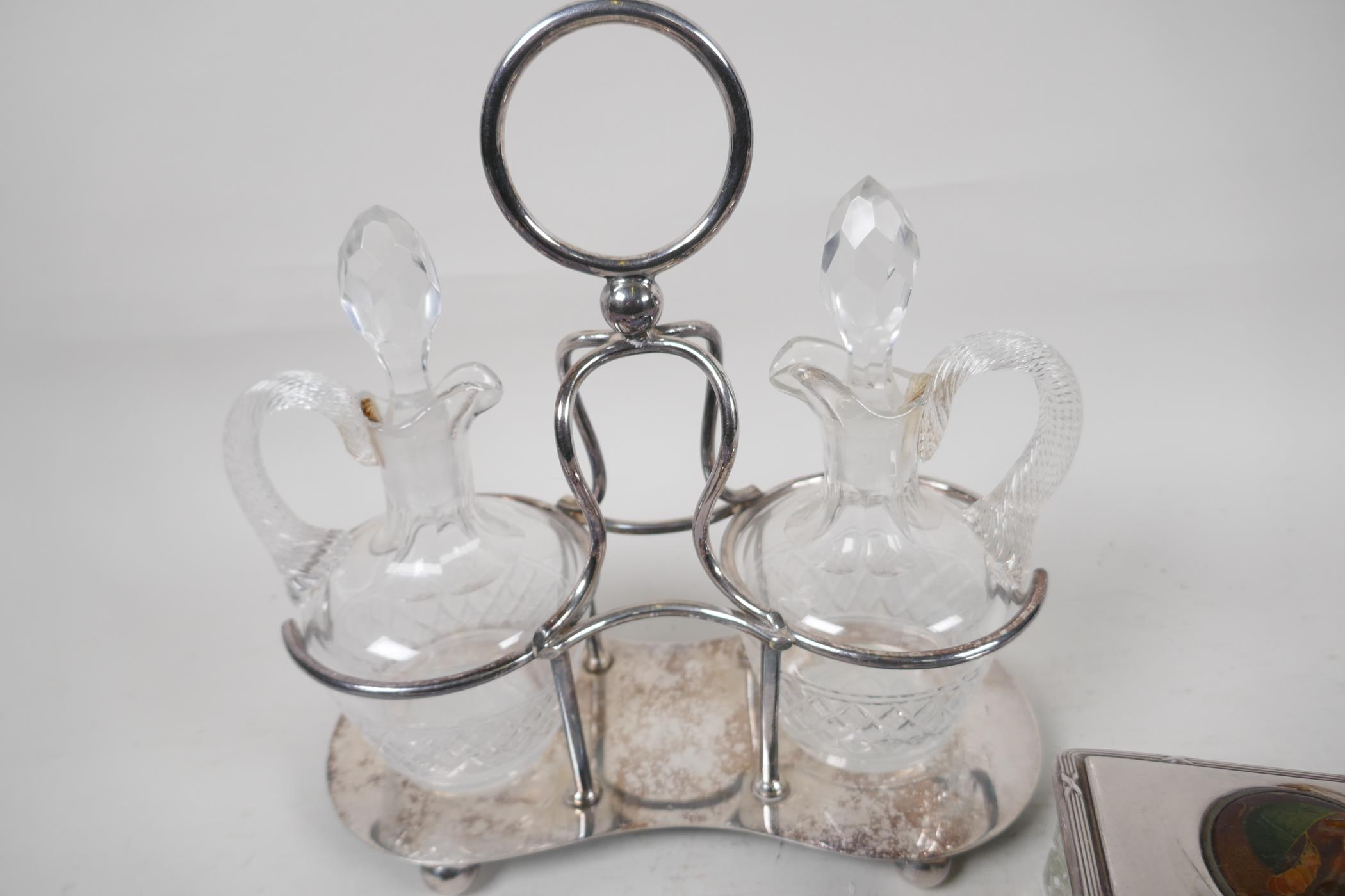 """A silver plate and glass oil and vinegar cruet set, 9"""" high, together with a pair of silver plate - Image 3 of 4"""