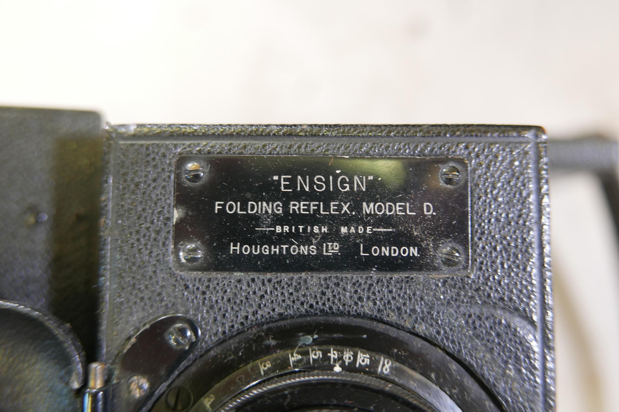 A quantity of antique photography equipment, Engsign Klito, Kodak Duaflex, No2 Hawkeye Model B, - Image 10 of 12