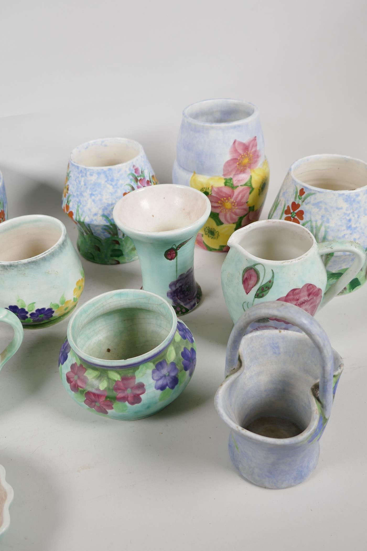 A quantity of vintage studio pottery, mainly Radford - Image 4 of 4