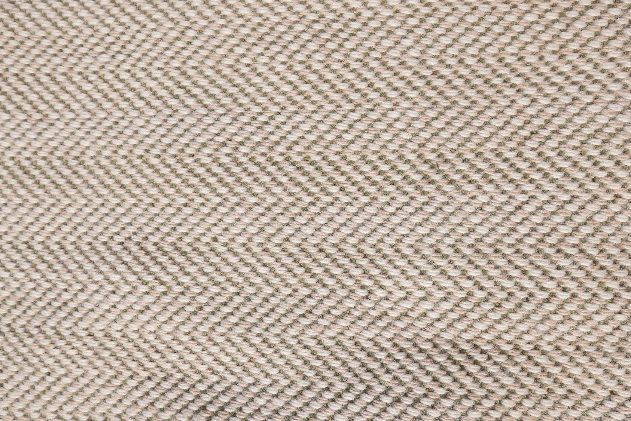 """A woven wool cream and green ground runner, 152"""" x 58"""" - Image 3 of 7"""