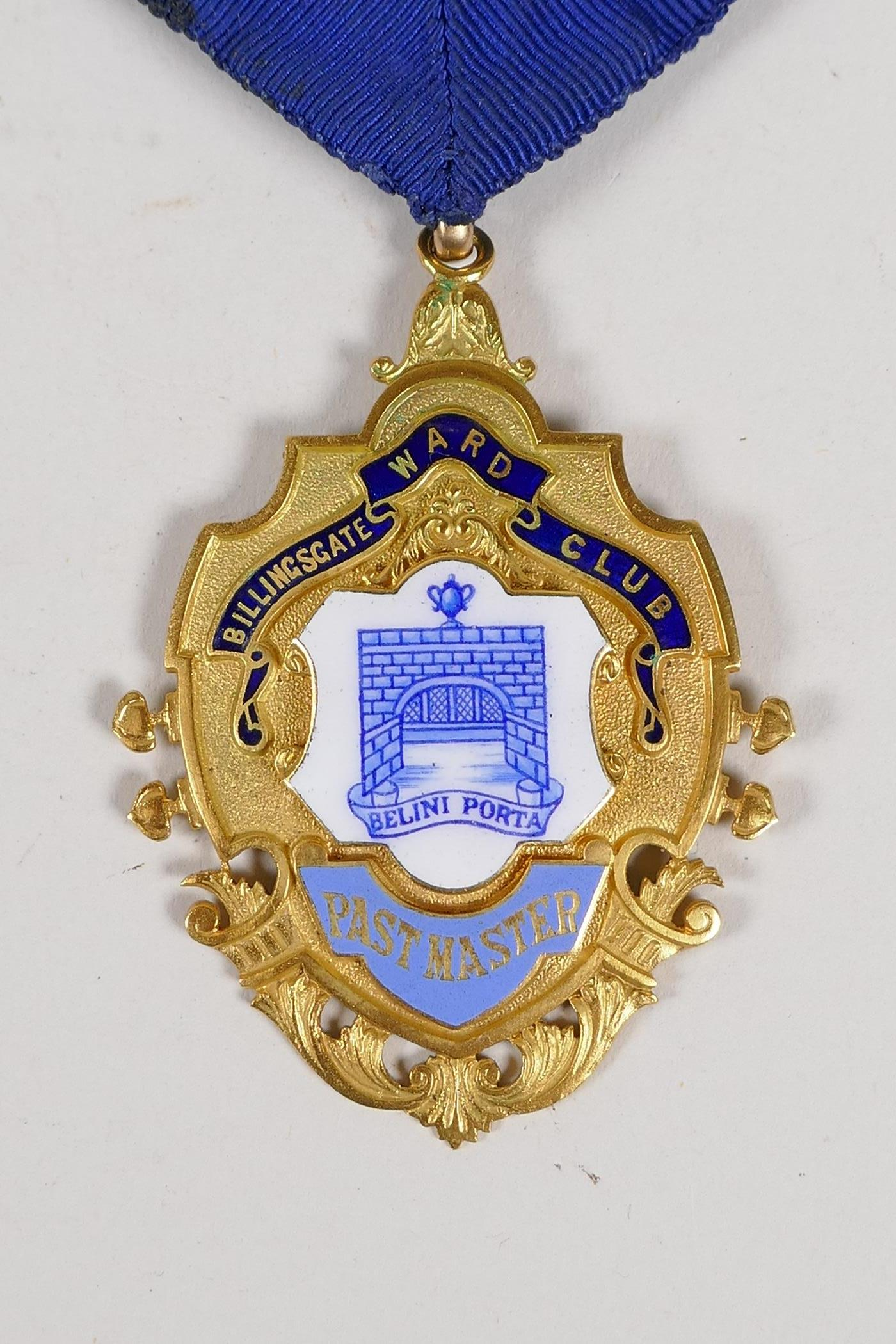 A 9ct gold and enamel medal for the position of Post Master of the Billingsgate Word Club, with - Image 2 of 4