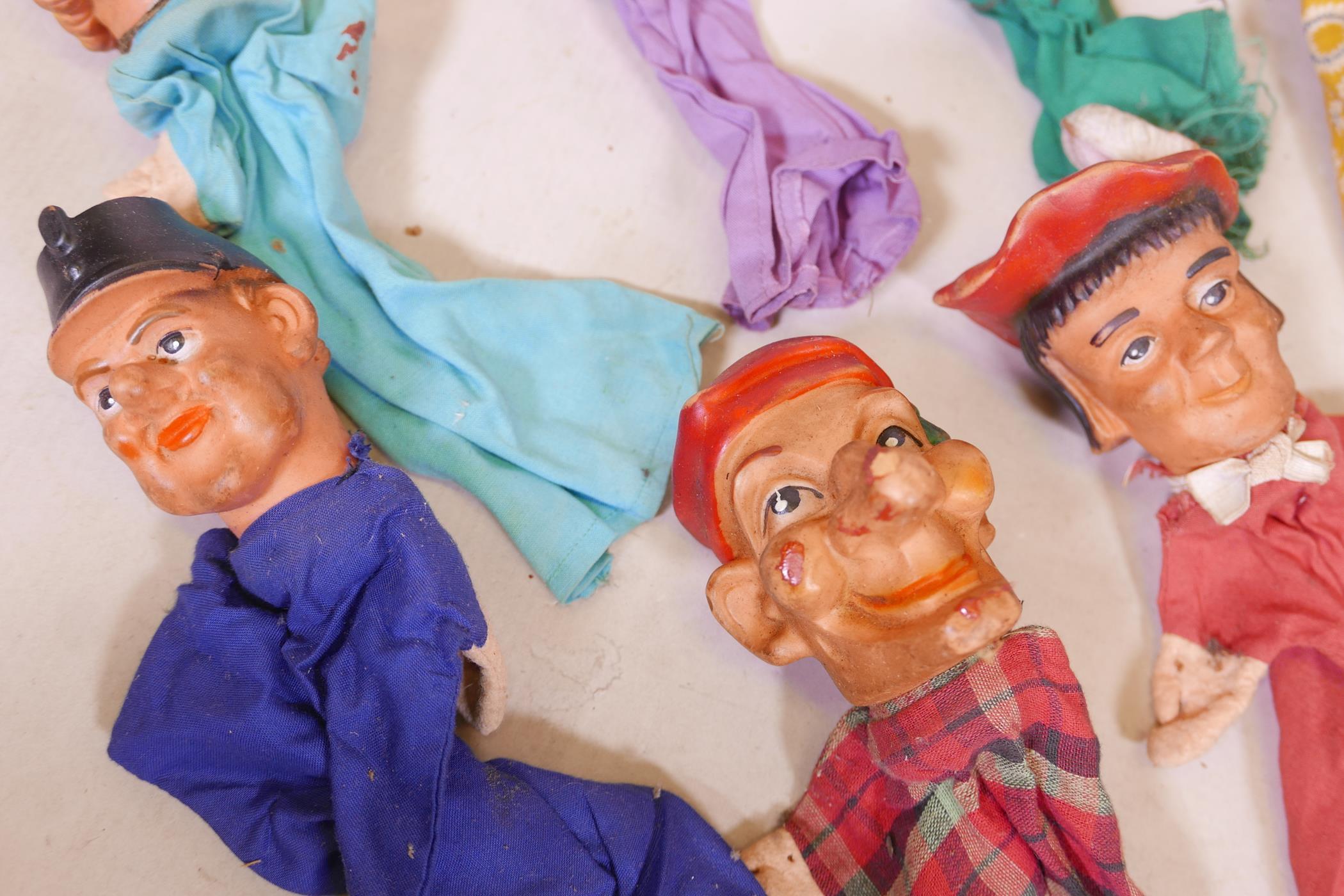 Seven vintage glove puppets - Image 3 of 4