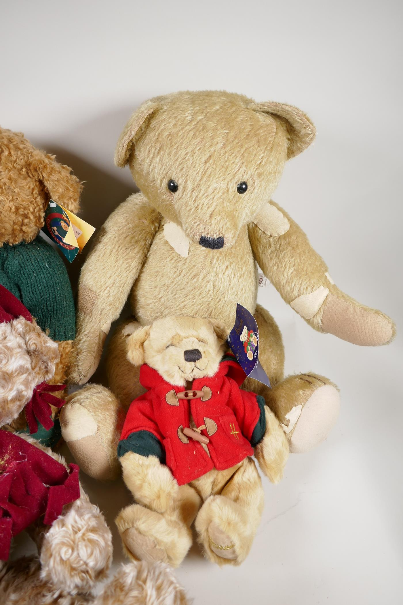 """A vintage 'House of Nisbet' teddy bear (patched) 22"""" long, four Harrods bears, 1994, 1998, 1999 - Image 4 of 4"""