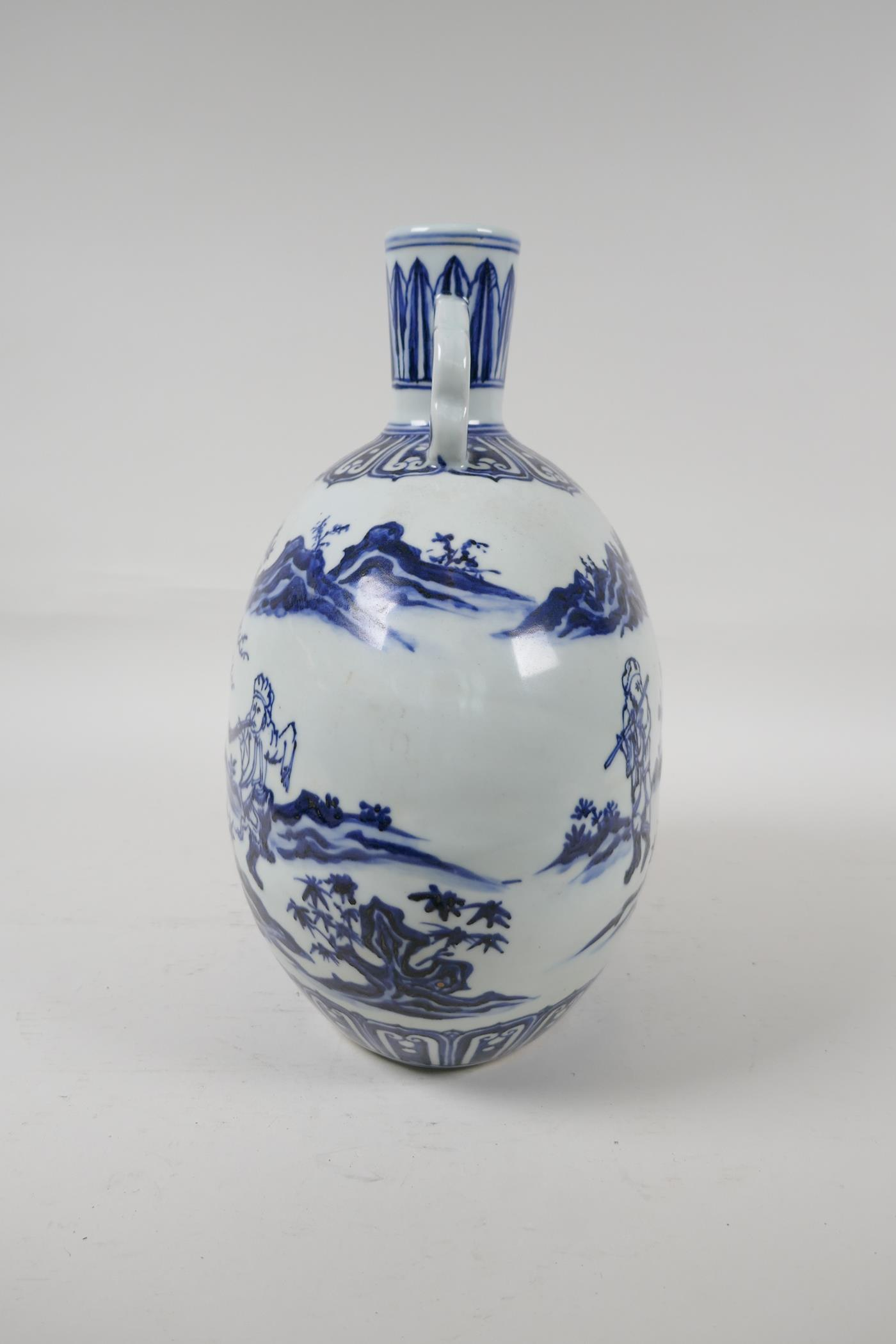 A blue and white porcelain two handled moon flask decorated with musicians in a landscape, Chinese - Image 4 of 5