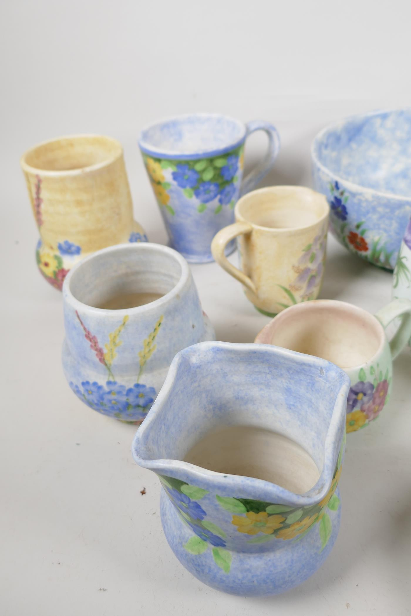 A quantity of vintage studio pottery, mainly Radford - Image 2 of 4
